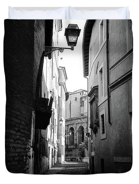 Walking Near The Campidoglio Duvet Cover