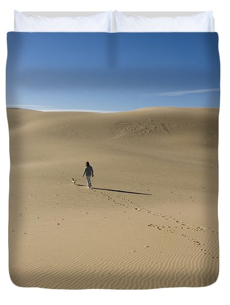 Walking On The Sand Duvet Cover by Tara Lynn