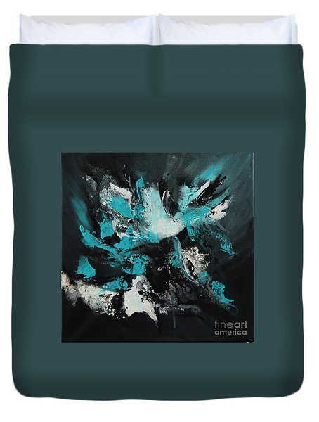 Walking Wave-4 Duvet Cover