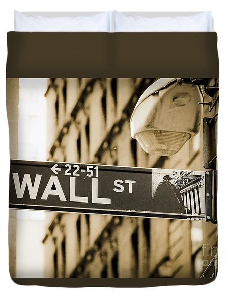 Duvet Cover featuring the photograph Wall Street by Juergen Held