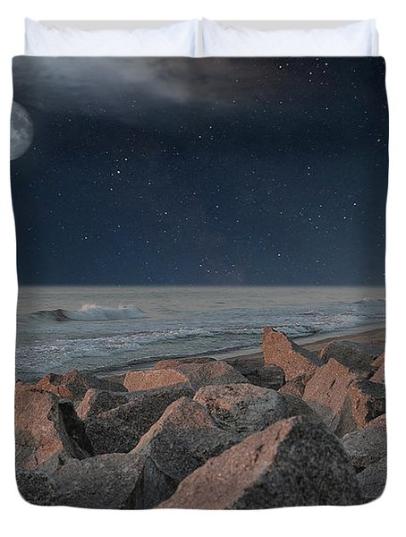 Warm Moonrise At For Fisher Duvet Cover