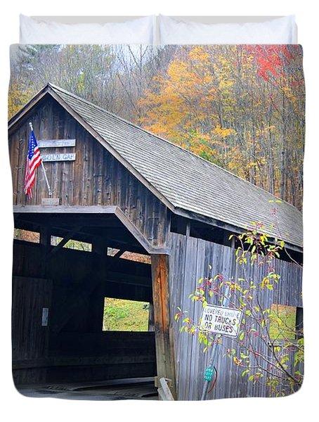 Warren Covered Bridge In Vermont Duvet Cover