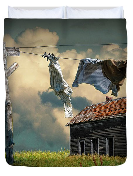 Wash On The Line By Abandoned House Duvet Cover