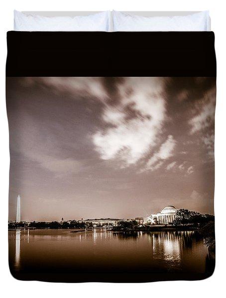 Washington Monument And Thomas Jefferson Memorial Duvet Cover