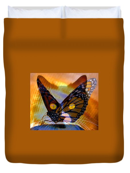 Duvet Cover featuring the photograph Watching Butterlies by David Lee Thompson
