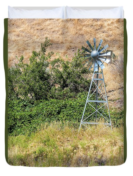 Water Aerating Windmill For Ponds And Lakes Duvet Cover