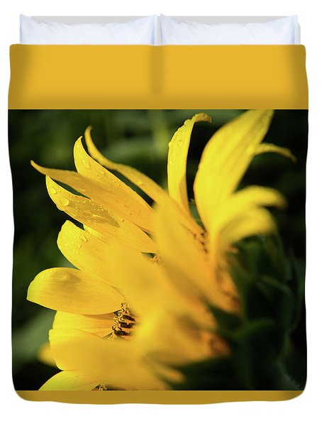 Water Drops And Sunflower Petals Duvet Cover
