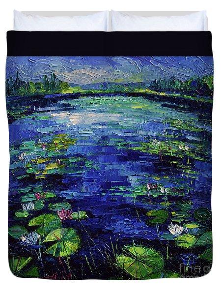 Water Lilies Magic Duvet Cover