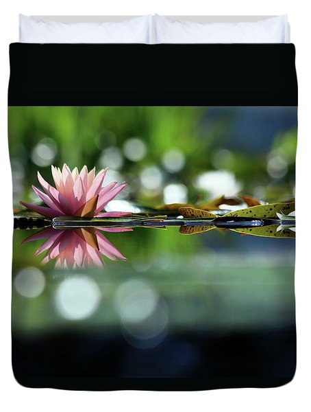 Water Lily And Bokeh Duvet Cover