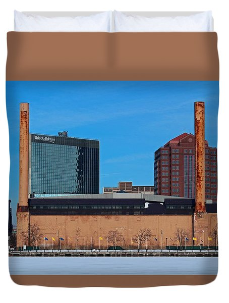 Duvet Cover featuring the photograph Water Street Steam Plant In Winter by Michiale Schneider