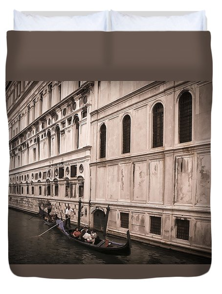 Water Taxi In Venice Duvet Cover