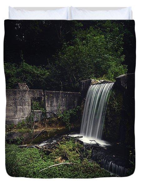 Waterfall At Paradise Springs Duvet Cover