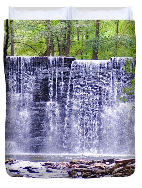 Waterfall In Gladwyne Duvet Cover by Bill Cannon