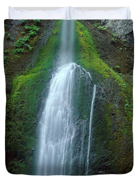 Waterfall In Olympic National Rainforest Duvet Cover