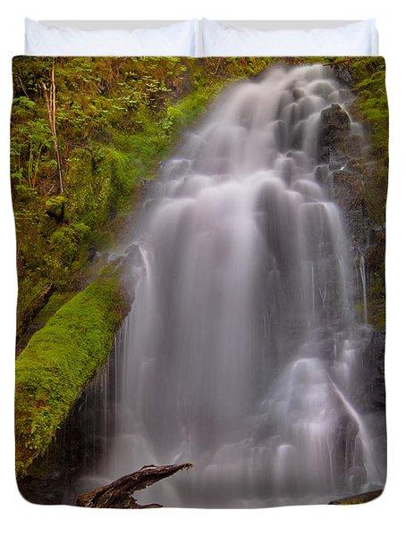 Waterfall Showers Duvet Cover
