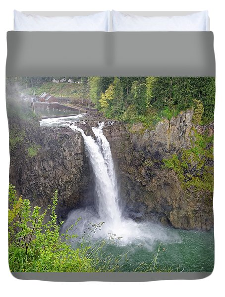 Waterfall Through The Mist Duvet Cover