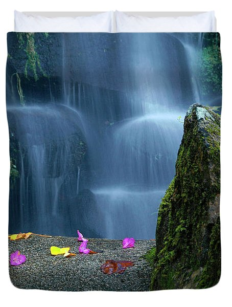Waterfall02 Duvet Cover by Carlos Caetano