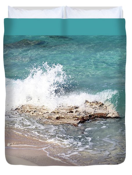 Gentle Wave In Bimini Duvet Cover