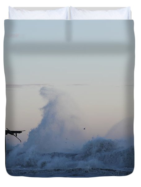 Wave Towers Over Oc Fishing Pier Duvet Cover