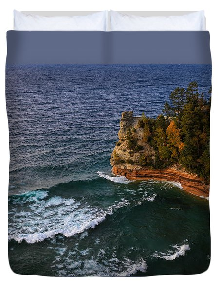 Waves At Miners Castle Duvet Cover by Rachel Cohen