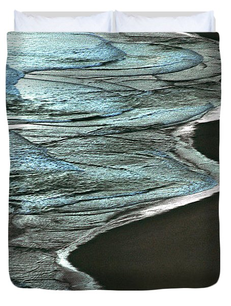 Waves Of The Future Duvet Cover