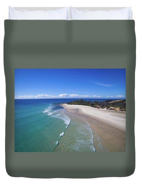 Waves Rolling In To North Point Beach On Moreton Island Duvet Cover