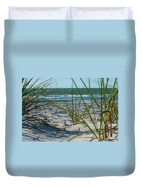 Waves Through The Grass Duvet Cover