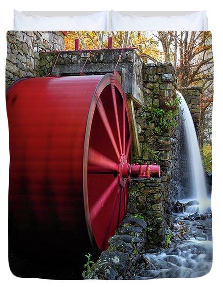Wayside Inn Grist Mill Water Wheel Duvet Cover