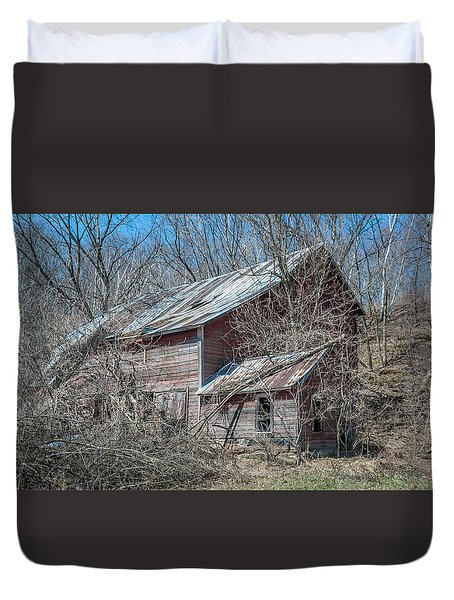 Duvet Cover featuring the photograph Weathered And Broken by Dan Traun