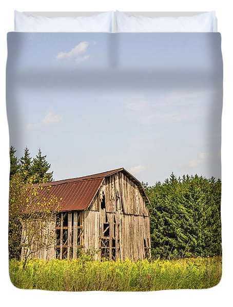 Weathered Barn Basking In The Summer Sun Duvet Cover