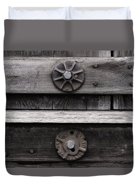 Weathered Wood And Metal Five Duvet Cover by Kandy Hurley