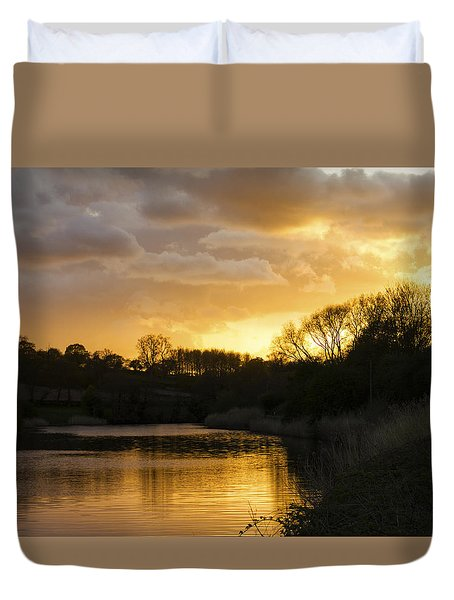 Weaver Sunset River Of Gold Duvet Cover