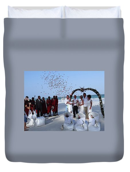 Wedding Party In Rose Petals Duvet Cover