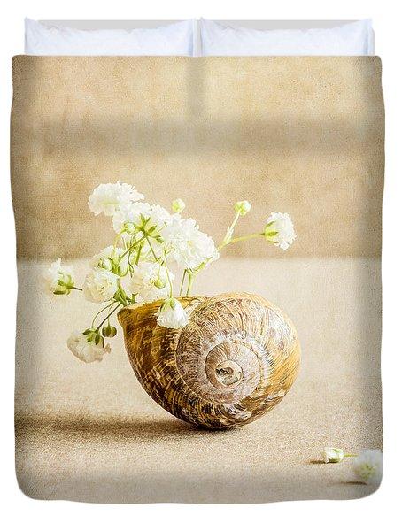 Wee Vase Duvet Cover