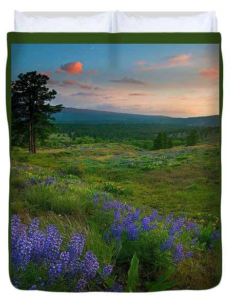 Wenas Valley Sunset Duvet Cover by Mike  Dawson
