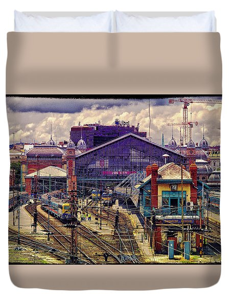 Western Rail Station, Budapest Duvet Cover