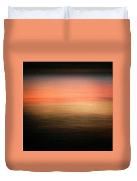 Duvet Cover featuring the photograph Western Sun by Marilyn Hunt