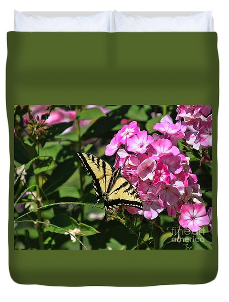 Duvet Cover featuring the photograph Western Swallowtail by Erica Hanel