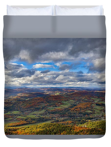 Western View From Mt Ascutney Duvet Cover