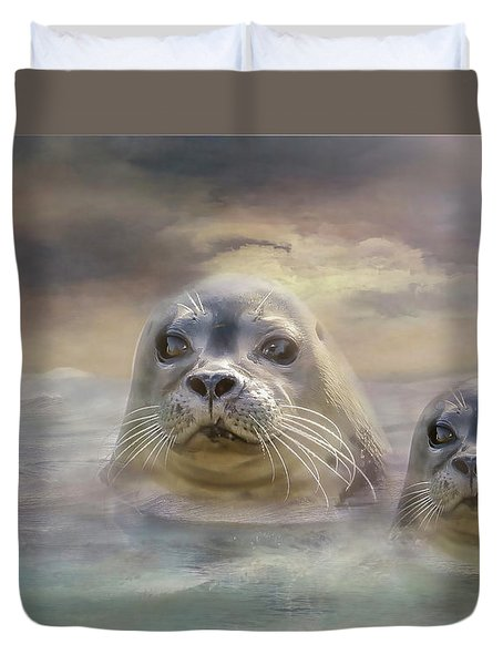 Wet And Wild Duvet Cover by Wallaroo Images