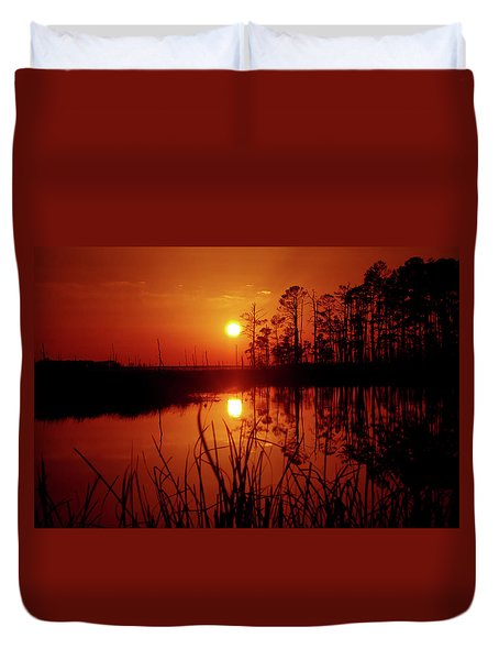 Duvet Cover featuring the photograph Wetland Sunset by Robert Geary