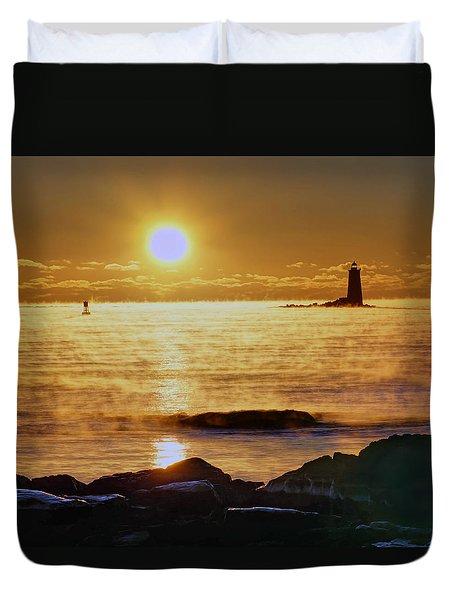 Whaleback Light 264 Duvet Cover