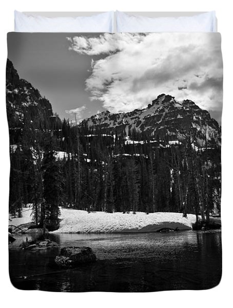 Whelp Lake, Mission Mountains Duvet Cover