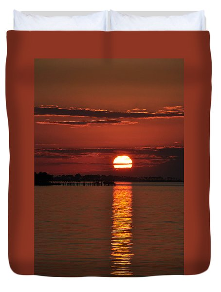 Duvet Cover featuring the photograph When You See Beauty by Jan Amiss Photography