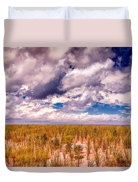 Duvet Cover featuring the photograph Where Land Meets Sky by Gary Slawsky