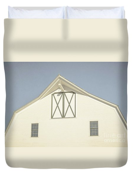 White Barn South Woodstock Vermont Duvet Cover by Edward Fielding