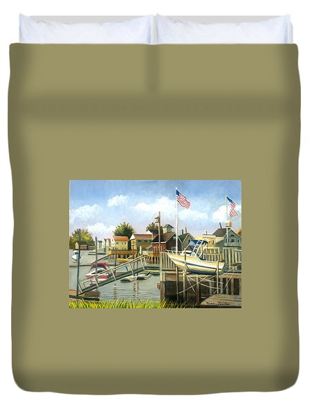 White Boat With Flags In Broad Channel Duvet Cover