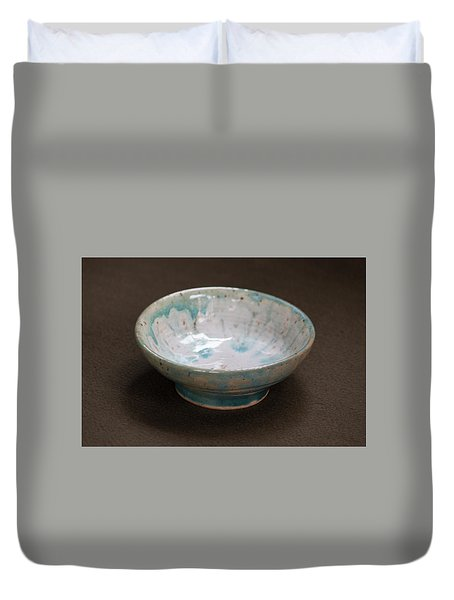 White Ceramic Bowl With Turquoise Blue Glaze Drips Duvet Cover by Suzanne Gaff