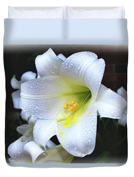 Lily With Droplets Duvet Cover