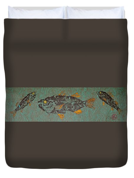 White  Perch With Yellow Perch Duvet Cover